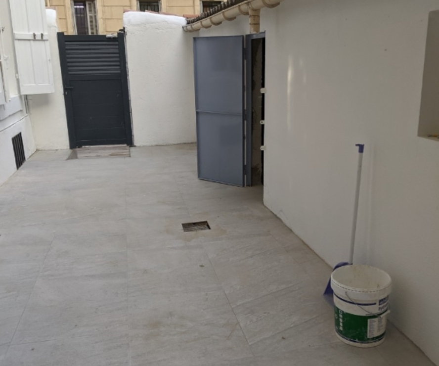 Renting Office 100m² Marseille 04 (13004) - photo