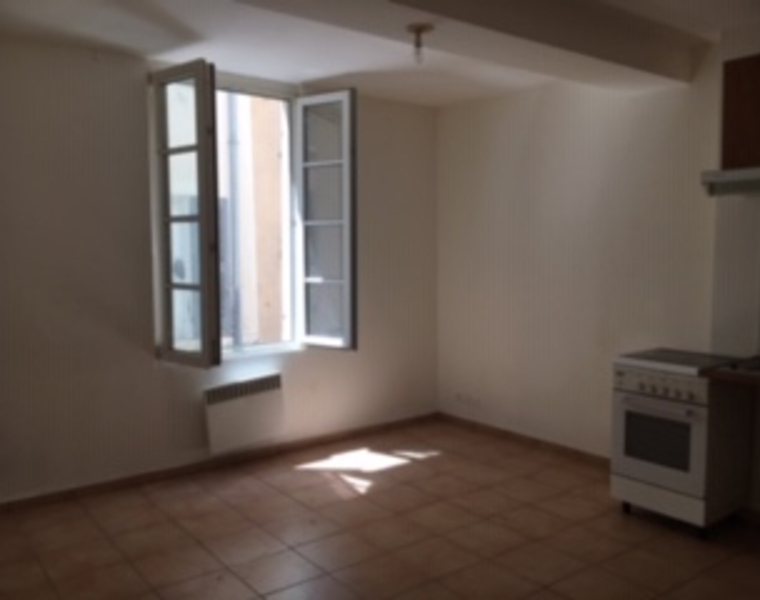 Renting Apartment 1 room 27m² Marseille 02 (13002) - photo