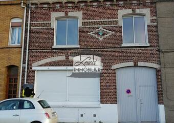 Vente Maison 6 pièces 168m² Cappelle-la-Grande - Photo 1