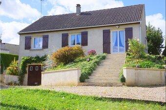 Vente Maison 7 pièces 105m² Mézières-sur-Seine (78970) - Photo 1