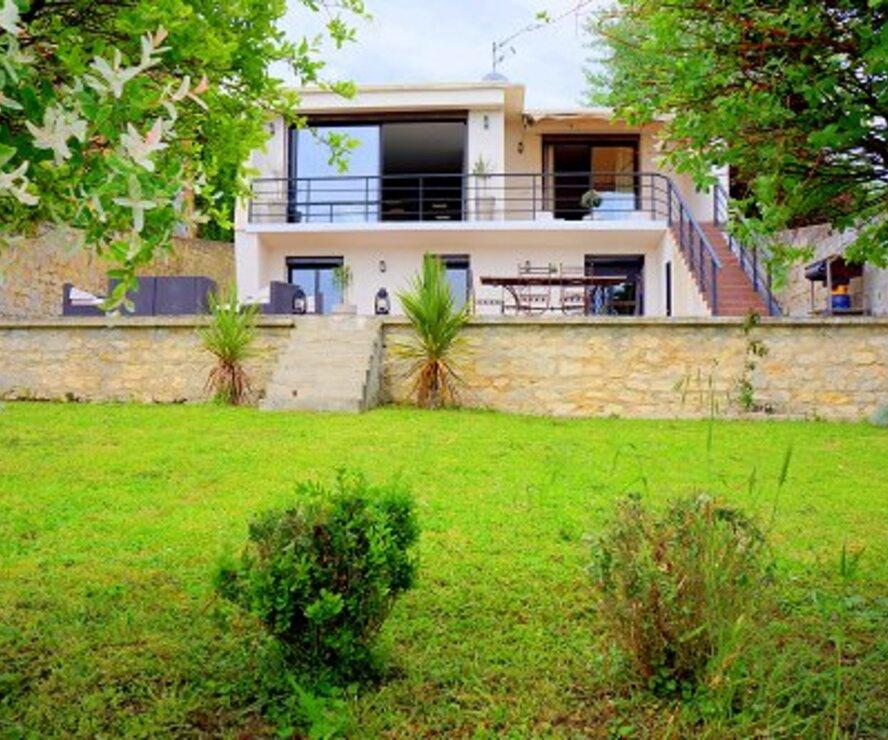Vente Maison 7 pièces 196m² Hardricourt (78250) - photo