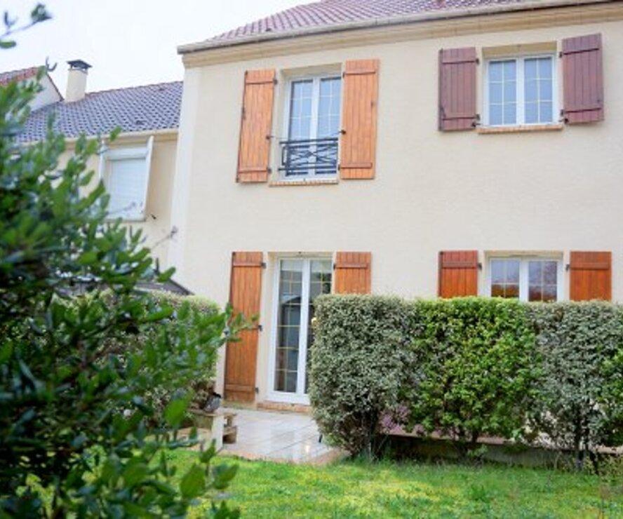 Vente Maison 5 pièces 92m² ISSOU - photo