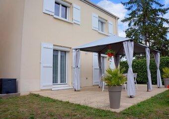 Vente Maison 6 pièces 97m² ISSOU - photo 2