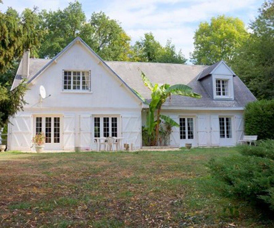 Vente Maison 8 pièces 210m² MEZIERES SUR SEINE - photo
