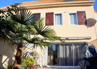 Vente Maison 4 pièces 92m² MEZIERES SUR SEINE - Photo 1