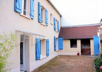 Location Maison 3 pièces 57m² Mézières-sur-Seine (78970) - Photo 1