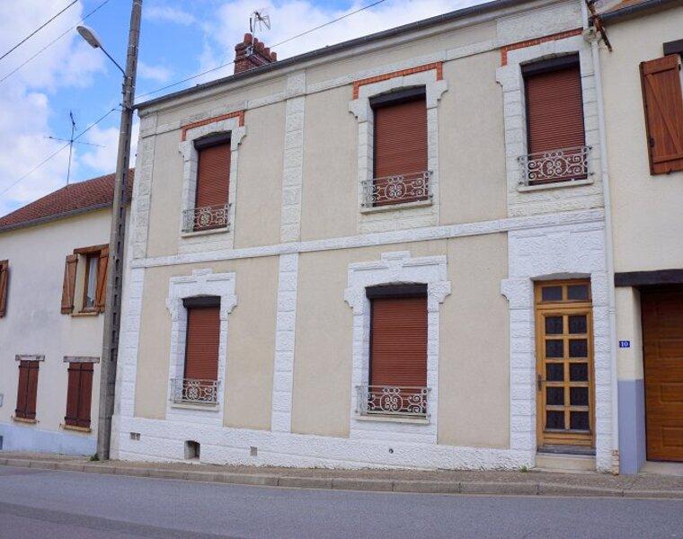 Vente Maison 8 pièces 130m² Breuil-Bois-Robert (78930) - photo