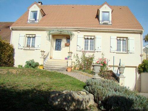 Vente Maison 9 pièces 140m² Gargenville (78440) - photo