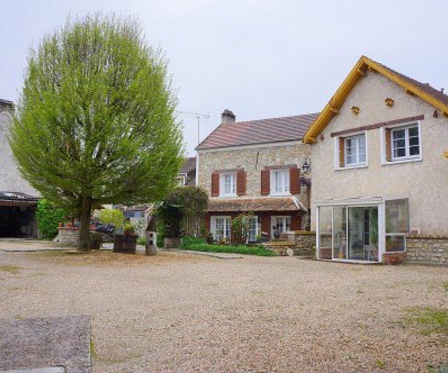 Vente Maison 10 pièces 195m² Issou (78440) - photo