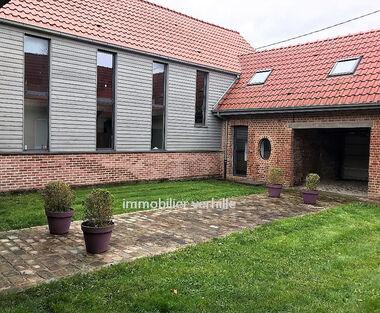 Vente Maison 13 pièces 354m² Le Doulieu (59940) - photo