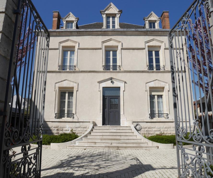 Vente Maison 6 pièces 200m² CHATEAUNEUF SUR LOIRE - photo
