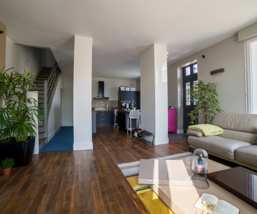 Vente Maison 6 pièces 136m² INGRE - photo