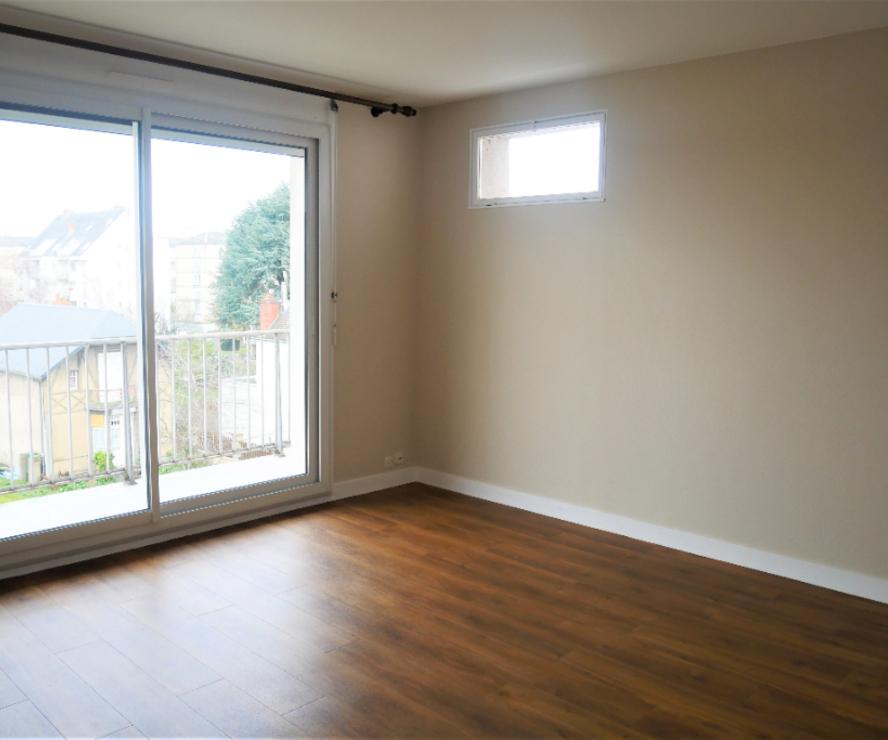 Location Appartement 1 pièce 34m² Orléans (45000) - photo
