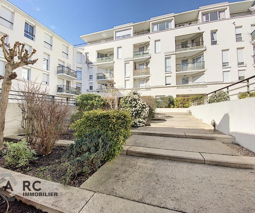 Location Appartement 4 pièces 80m² Orléans (45000) - photo