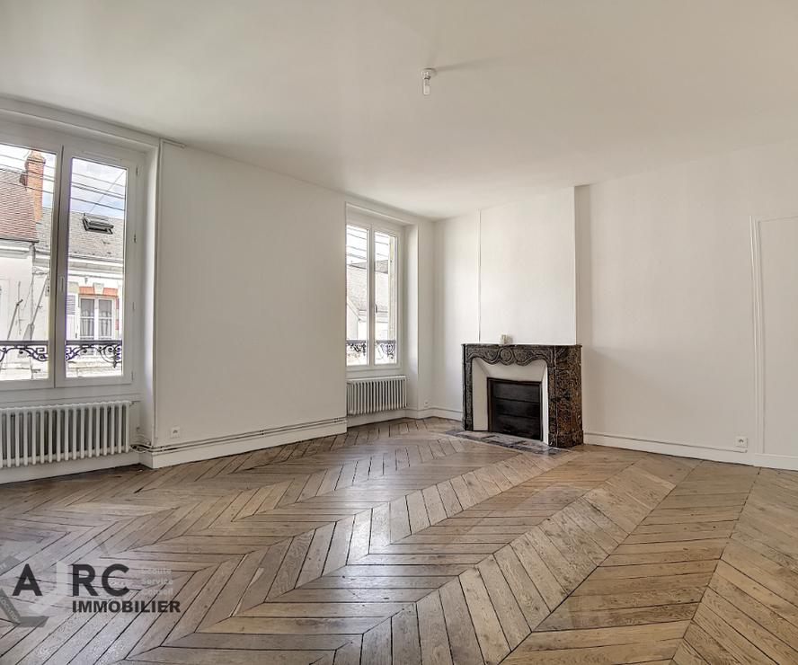 Location Appartement 2 pièces 57m² Châteauneuf-sur-Loire (45110) - photo