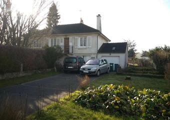 Vente Maison 5 pièces 81m² SAINT PRYVE SAINT MESMIN - Photo 1