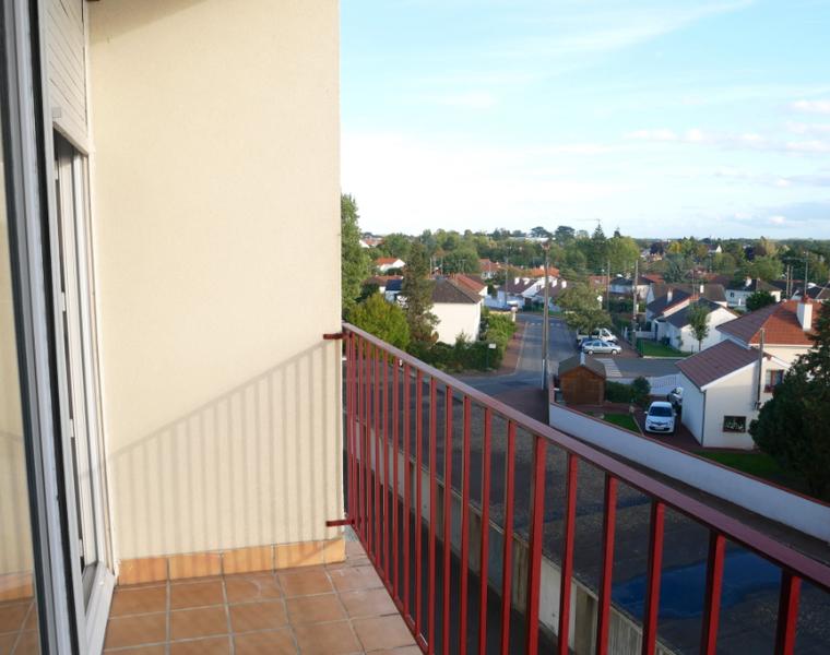 Location Appartement 3 pièces 64m² Saint-Jean-de-la-Ruelle (45140) - photo