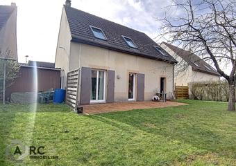 Vente Maison 5 pièces 108m² SAINT JEAN DE LA RUELLE - Photo 1
