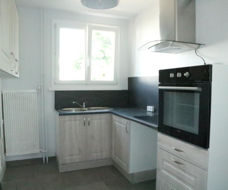 Location Appartement 3 pièces 68m² Saint-Jean-de-la-Ruelle (45140) - photo