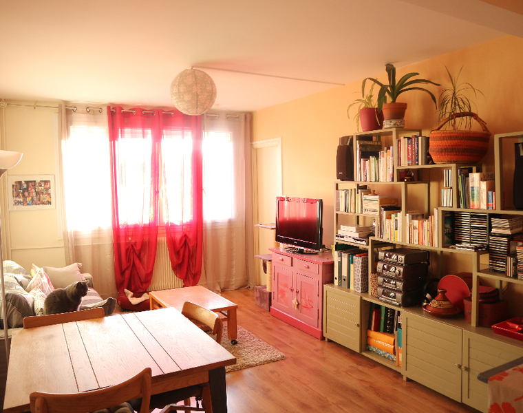 Location Appartement 2 pièces 42m² Saint-Jean-de-la-Ruelle (45140) - photo
