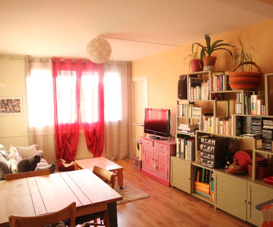 Location Appartement 2 pièces 42m² Saint-Jean-de-la-Ruelle (45140) - photo