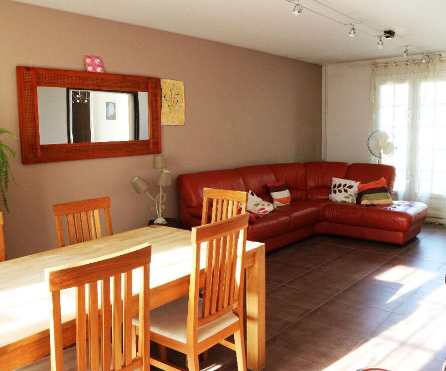 Location Maison 4 pièces 110m² Fleury-les-Aubrais (45400) - photo