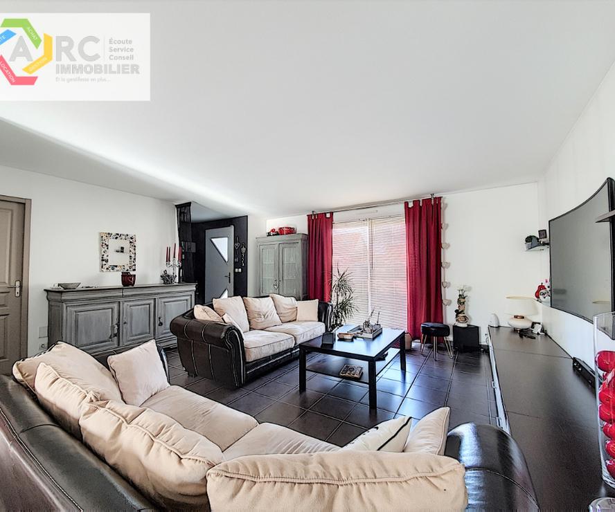Vente Maison 6 pièces 106m² MARCILLY EN VILLETTE - photo