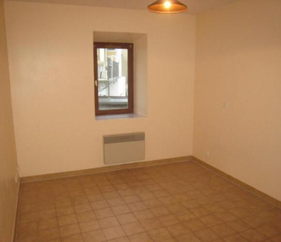 Location Appartement 1 pièce 18m² La Roche-sur-Foron (74800) - photo