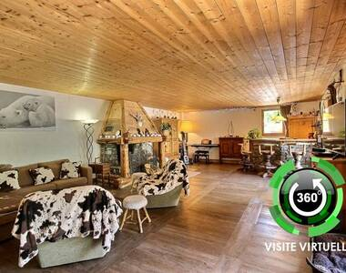 Sale House 7 rooms 211m² Sainte-Foy-Tarentaise (73640) - photo