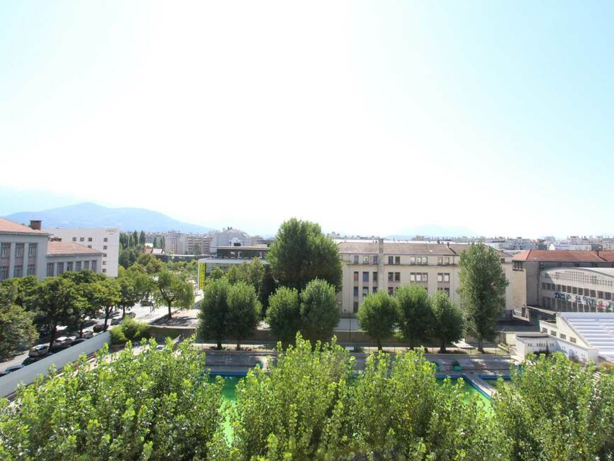 Location appartement 2 pi ces grenoble 38000 137425 for Location appartement atypique grenoble