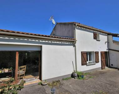 Sale House 6 rooms 138m² Legé (44650) - photo