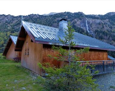 Sale House 6 rooms 104m² Vaujany (38114) - photo
