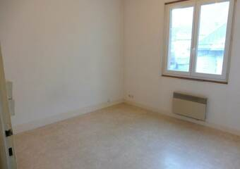 Renting Apartment 1 room 32m² Le Bourg-d'Oisans (38520) - Photo 1