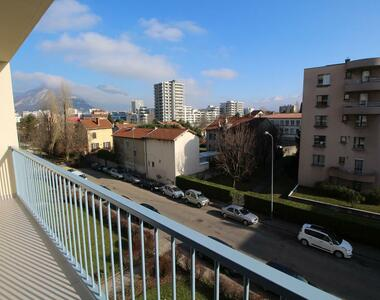 Sale Apartment 4 rooms 72m² Grenoble (38100) - photo