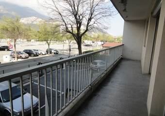 Location Appartement 2 pièces 48m² Le Pont-de-Claix (38800) - Photo 1