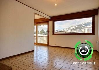 Renting Apartment 4 rooms 64m² Bourg-Saint-Maurice (73700) - photo