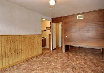 Renting Apartment 1 room 32m² Bourg-Saint-Maurice (73700) - Photo 1