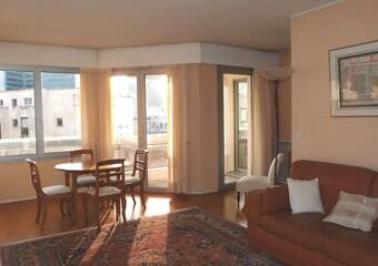 Location Appartement 2 pièces 61m² Courbevoie (92400) - Photo 1