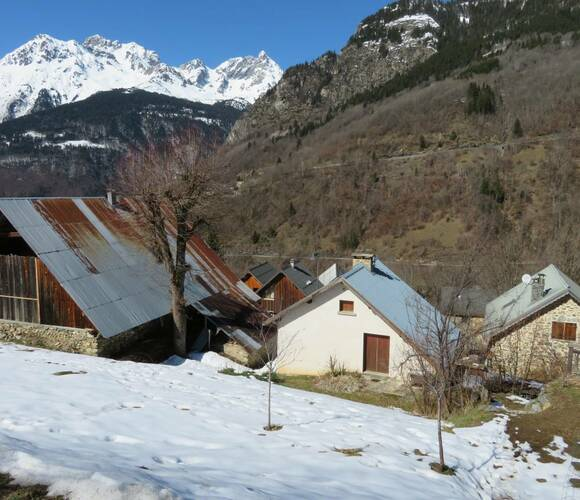 Vente Maison 4 pièces 93m² Oz en Oisans (38114) - photo