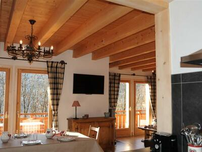 Chalet 10 sleeps Verchaix (74440) - Photo 3
