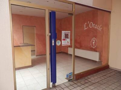 Location Local commercial 3 pièces 28m² Dax (40100) - Photo 2