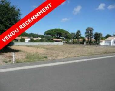 Sale Land 874m² Talmont-Saint-Hilaire (85440) - photo