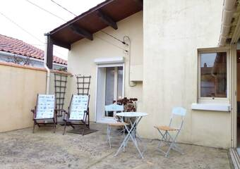 Sale House 3 rooms 45m² Talmont-Saint-Hilaire (85440) - Photo 1