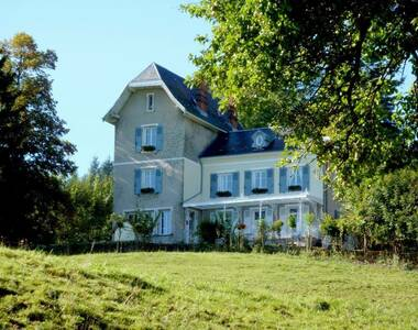 Vente Maison 11 pièces 320m² Merlas (38620) - photo