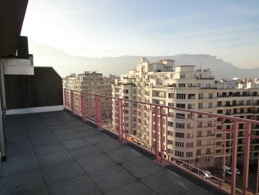 Location appartement 2 pi ces grenoble 38000 216589 for Location meublee grenoble