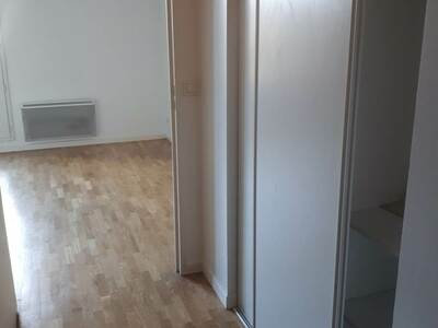 Location Appartement 1 pièce 20m² Châtenay-Malabry (92290) - Photo 4