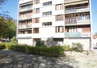 Sale Apartment 2 rooms 47m² Fontaine (38600) - photo
