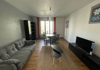 Renting Apartment 4 rooms 79m² Grenoble (38000) - Photo 1