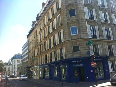Location Appartement 4 pièces 84m² Paris 17 (75017) - Photo 6