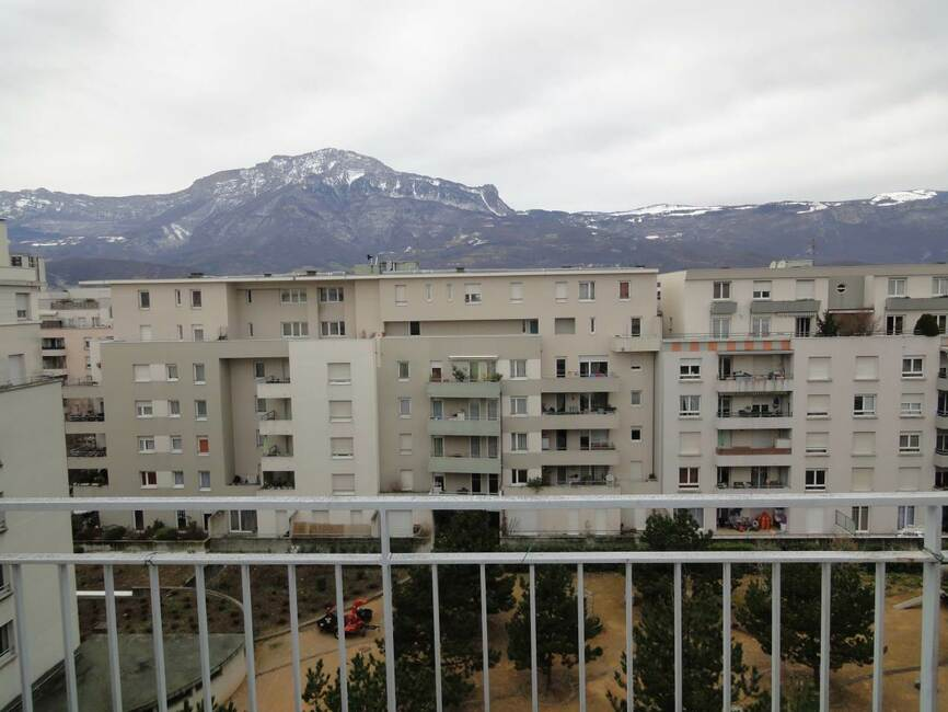 Location appartement 3 pi ces grenoble 38000 71467 for Location appartement design grenoble